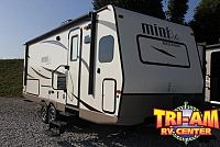 2017 FOREST RIVER ROCKWOOD MINI 2506S