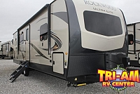 2019 FOREST RIVER ROCKWOOD ULTRA 2902WS