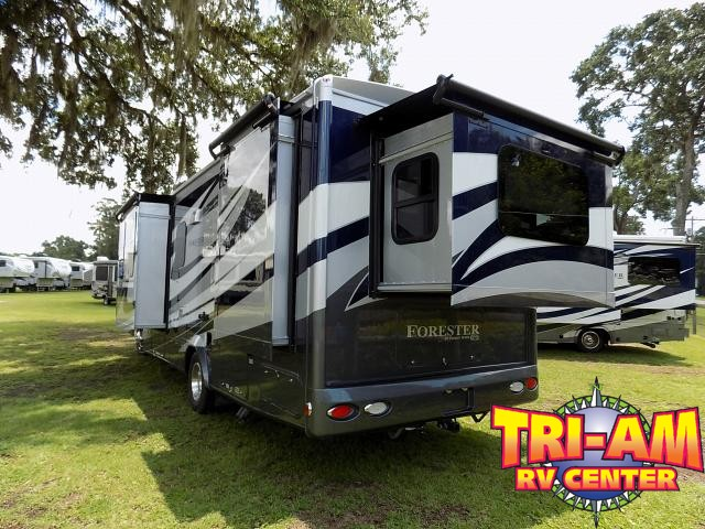 2019 FOREST RIVER FORESTER 2801QSF