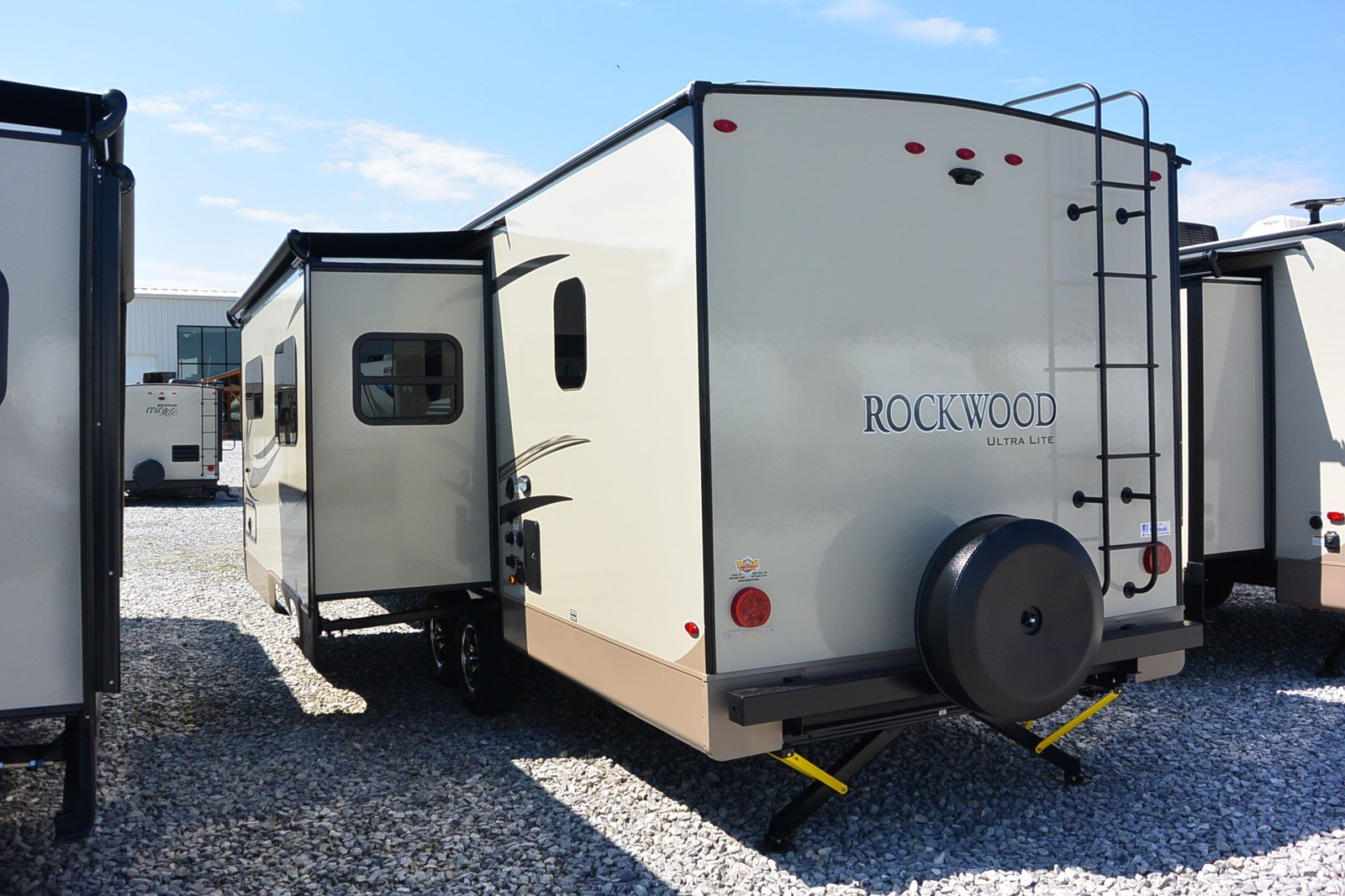 2018 Forest River Rockwood Ultra 2706WS