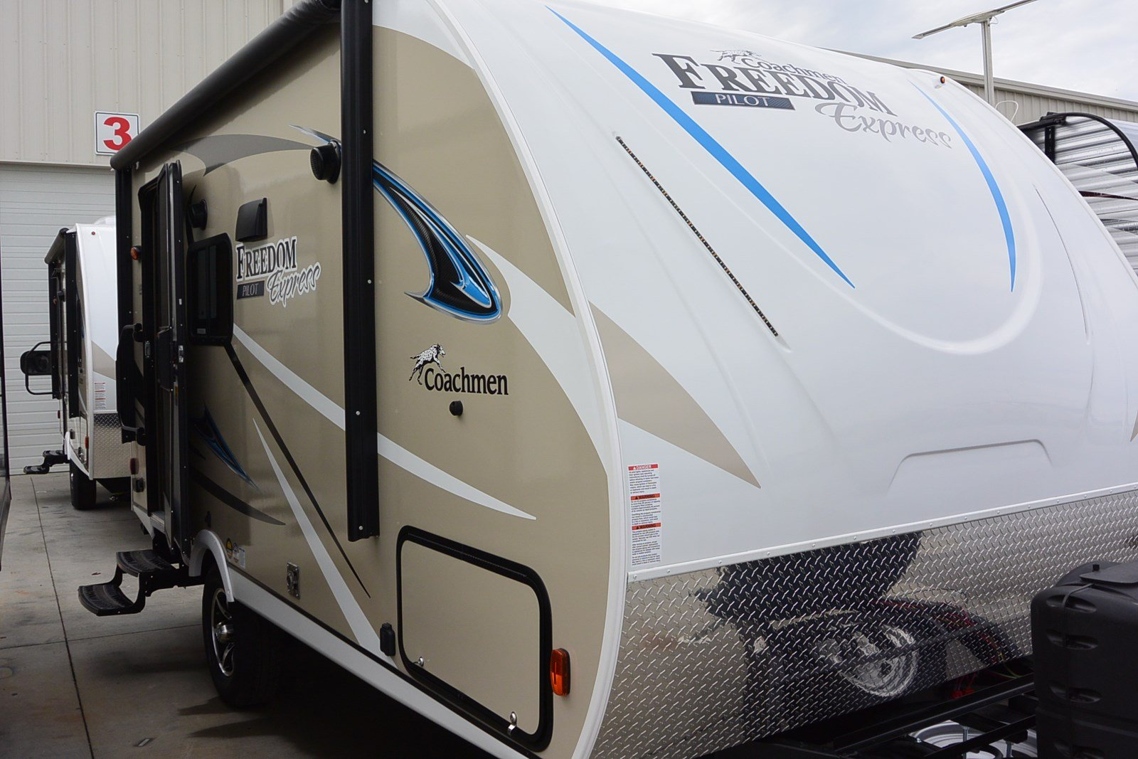 2018 Forest River Freedom Express 19FBS